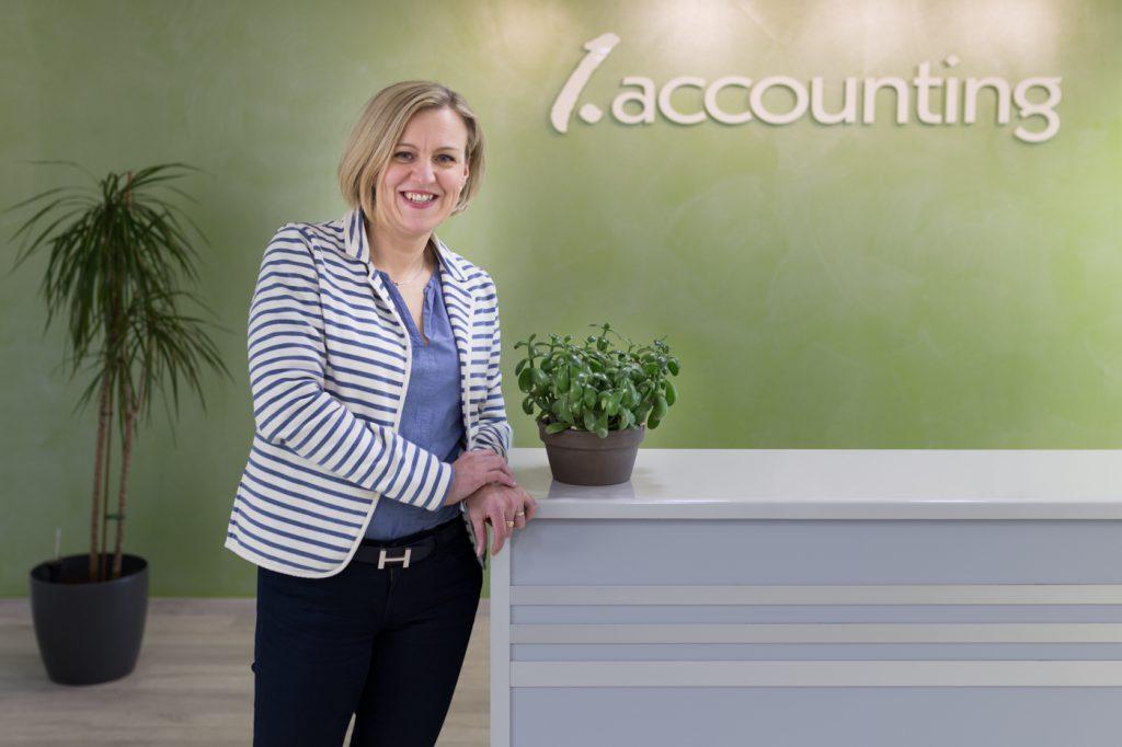Yritysturvallisuus, 1.Accounting